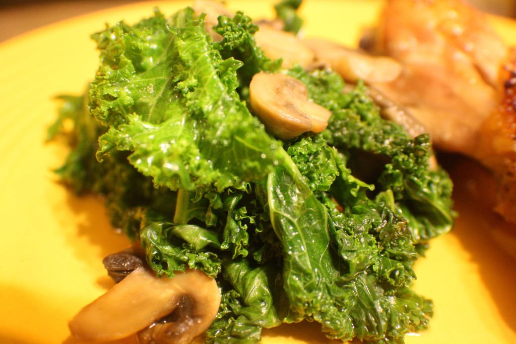 kale with maple chix